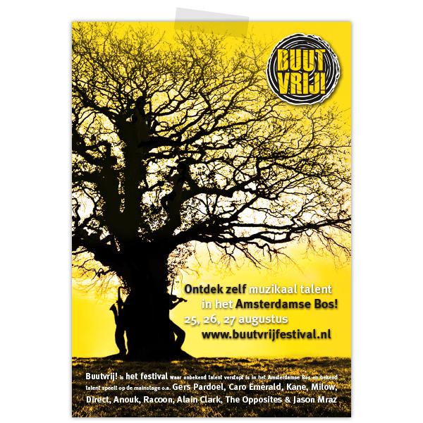 Advertentie buutvrij festival in geel en zwart met artiesten in boom verstopt